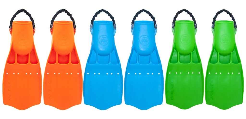 New scuba diving equipment from OMS. Limited Editions OMS fins in Green, Orange and Blue