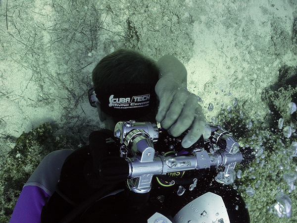 technical diver completing a shutdown in Cyprus